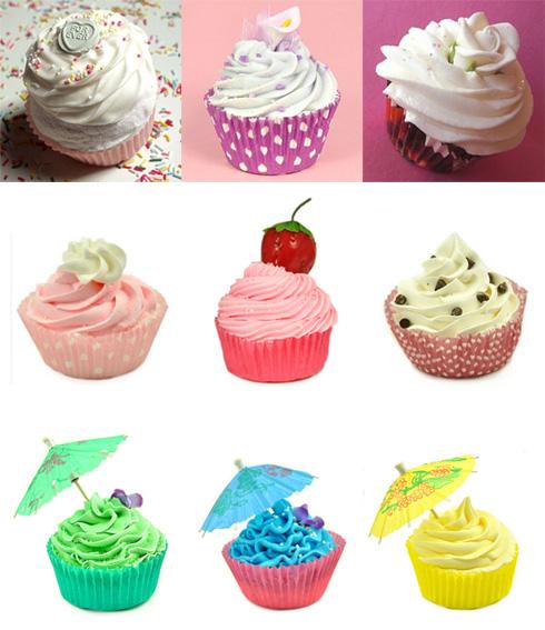 the-beauty-beakery-cupcake-bath-bomb