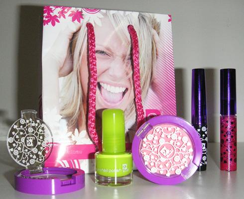 le rose aux joues 2b cosmetics du maquillage petit prix. Black Bedroom Furniture Sets. Home Design Ideas