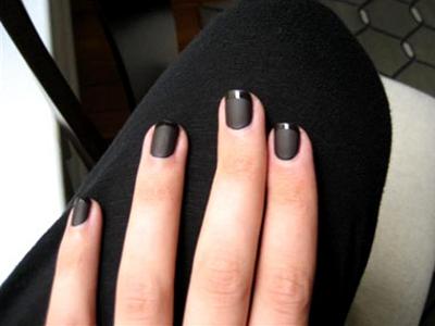 La french manucure noire