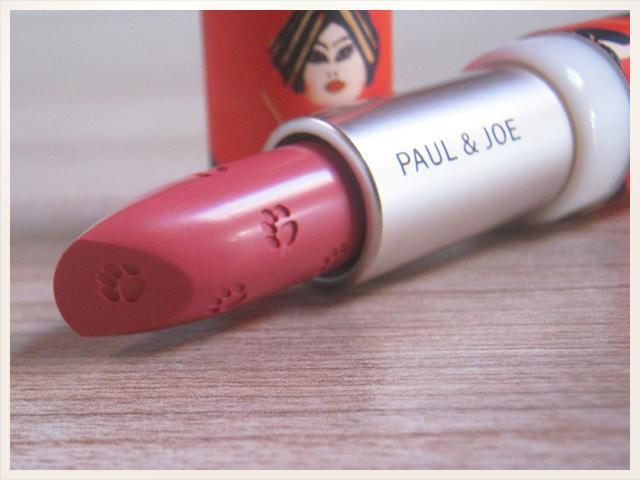 Bien-aimé Le rose aux joues » Interlude félin avec Paul and Joe XD87